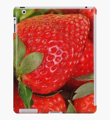 Fresh strawberries iPad Case/Skin