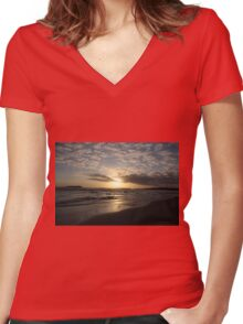 Sunset Tybee Style Women's Fitted V-Neck T-Shirt