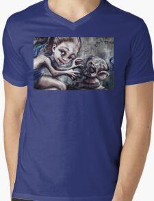 Modelling her monkey Mens V-Neck T-Shirt
