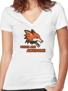 Foxes Are Awesome Cool Animal Nature Cute Fun Women's Fitted V-Neck T-Shirt