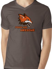 Foxes Are Awesome Cool Animal Nature Cute Fun Mens V-Neck T-Shirt