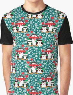 Christmas Love Penguins Graphic T-Shirt