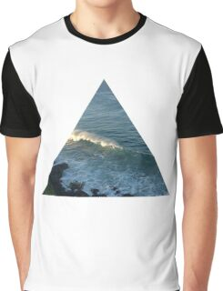Wave triangle Graphic T-Shirt