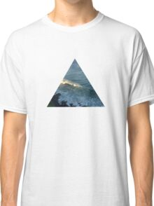 Wave triangle Classic T-Shirt