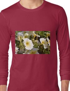 Beautiful pattern with white flowers in the garden. Long Sleeve T-Shirt