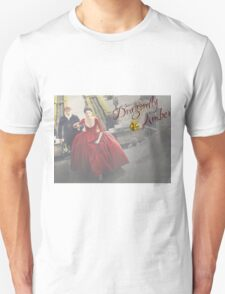 Outlander/Jamie & Claire Fraser/Dragonfly in Amber Unisex T-Shirt