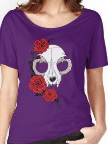 Cat skull and roses: Colored Women's Relaxed Fit T-Shirt