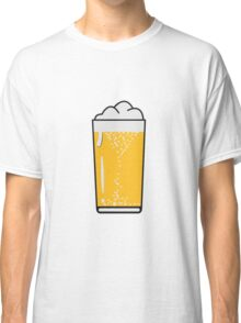 Drinking beer drinking beer glass Classic T-Shirt