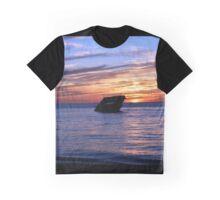 Sunken ship at sunset Graphic T-Shirt