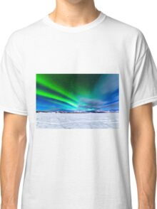 Intense display of Northern Lights Aurora borealis Classic T-Shirt