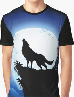 Wolf Howling at Blue Moon Graphic T-Shirt
