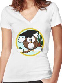 Graduation Owl Women's Fitted V-Neck T-Shirt