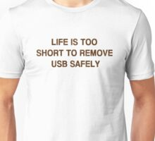 Pc Funny USB Unisex T-Shirt