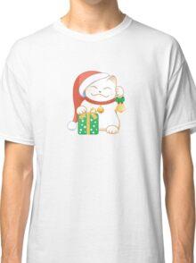 White Christmas Cat Classic T-Shirt