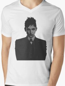 Penguin portait - Gotham Mens V-Neck T-Shirt