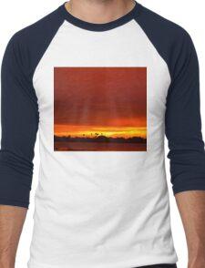 Crimson and amber world Men's Baseball ¾ T-Shirt