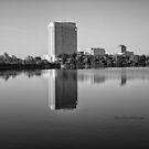 HILTON LAC-LEAMY - Black and White by Yannik Hay
