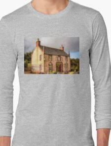 Delgatie Castle Laundry (Now Forester's Cottage) Turriff, Scotland Long Sleeve T-Shirt