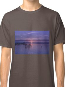 Rest Well World Classic T-Shirt