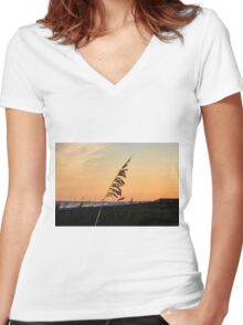 Sunset Memories Women's Fitted V-Neck T-Shirt