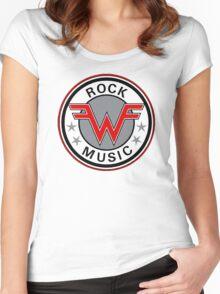 REZEEW Women's Fitted Scoop T-Shirt