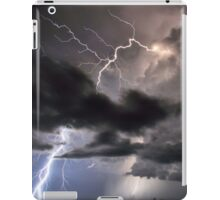 Lightning in HDR iPad Case/Skin