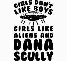 girls like aliens and dana scully Women's Fitted Scoop T-Shirt