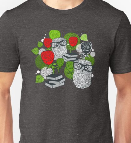 Red roses and clever owls T-Shirt