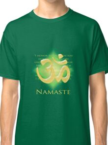 Om or Aum Symbol with Namaste quote Green Classic T-Shirt