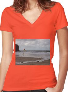 Making Waves Women's Fitted V-Neck T-Shirt