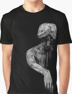 ××statue Graphic T-Shirt