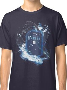 waves of space and time Classic T-Shirt