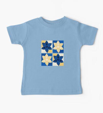 Daffodils pattern Baby Tee