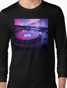 House dance music dj deejay turntable mixing desk nightclub party Ibiza Long Sleeve T-Shirt