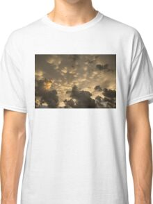 Phenomenal Sky - Extraordinary Mammatus Clouds at Sunset Classic T-Shirt