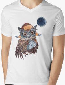 Owl mother Mens V-Neck T-Shirt