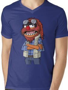 Macgruber - Animal Mens V-Neck T-Shirt
