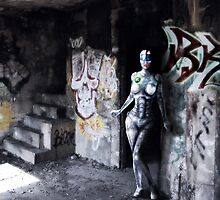 Robot girl by Luke Barclay