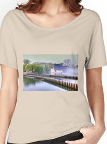 Walk in Budapest Women's Relaxed Fit T-Shirt