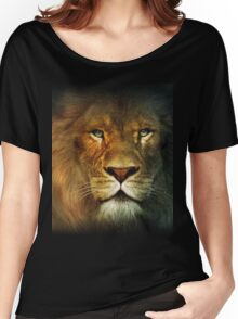 Narnia Lion Women's Relaxed Fit T-Shirt