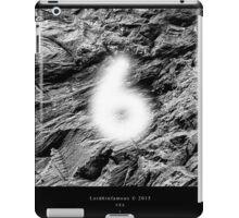 "6,.,`~"">>> iPad Case/Skin"