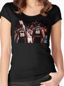 """""""The Look""""   Seattle vs Chicago Women's Fitted Scoop T-Shirt"""
