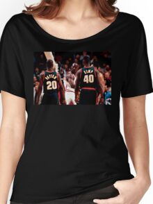 """""""The Look""""   Seattle vs Chicago Women's Relaxed Fit T-Shirt"""