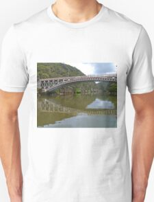 Kings Bridge and Cataract Gorge, Launceston Tas, Australia Unisex T-Shirt