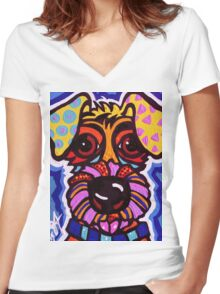 Rover Women's Fitted V-Neck T-Shirt