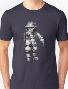 Vintage retro deep sea diver Unisex T-Shirt