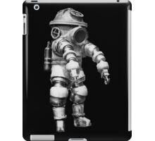 Vintage retro deep sea diver iPad Case/Skin
