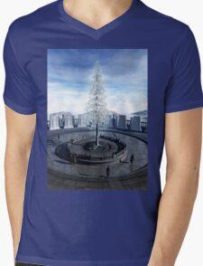 The fruit of Nimloth Mens V-Neck T-Shirt