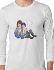 Max & Chloe Long Sleeve T-Shirt