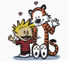 LOVEABLE CALVIN AND HOBBES : TSHIRT Kids Tee